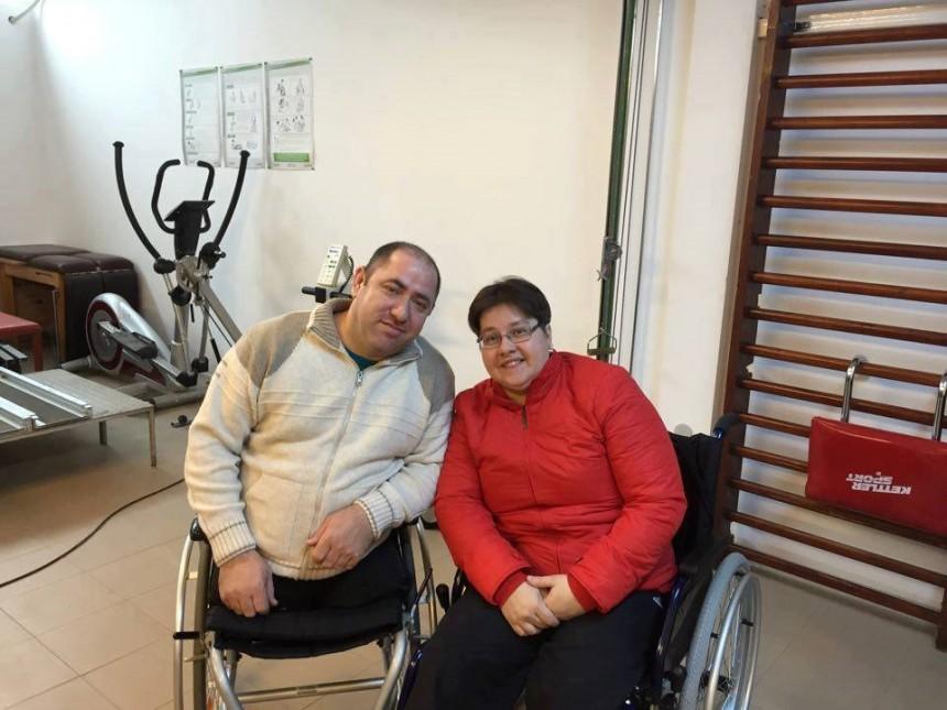 Schimbăm vieți prin servicii specializate de îngrijire la domiciliu și grup suport