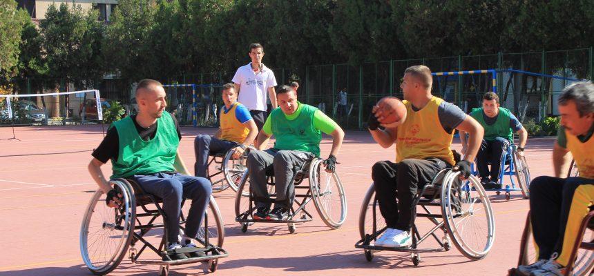 """Eveniment de încheiere a proiectului """"Mobilitate și viață independentă pentru tinerii cu dizabilități din România"""""""