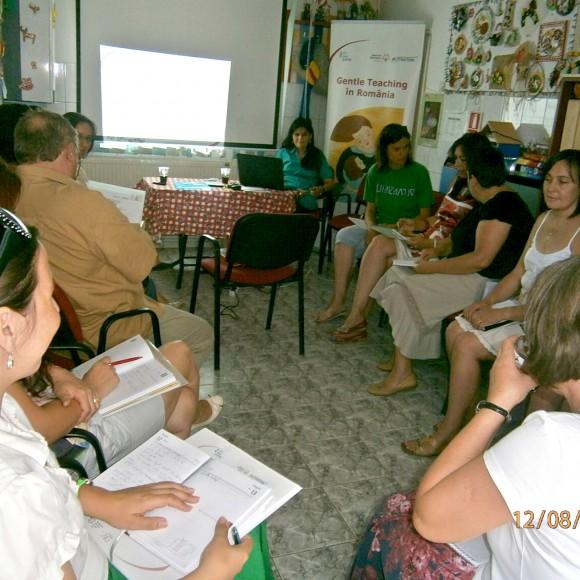 Training pentru specialiști privind utilizarea metodei Gentle Teaching, la Piatra Neamț