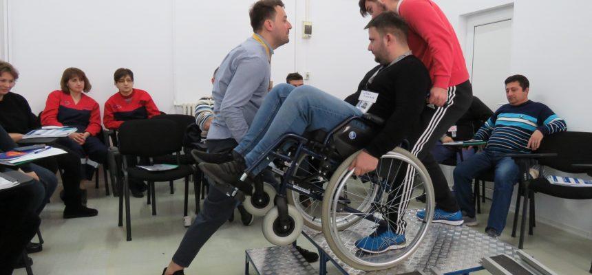 Comunicarea și asistența directă a persoanelor cu dizabilități în aeroport