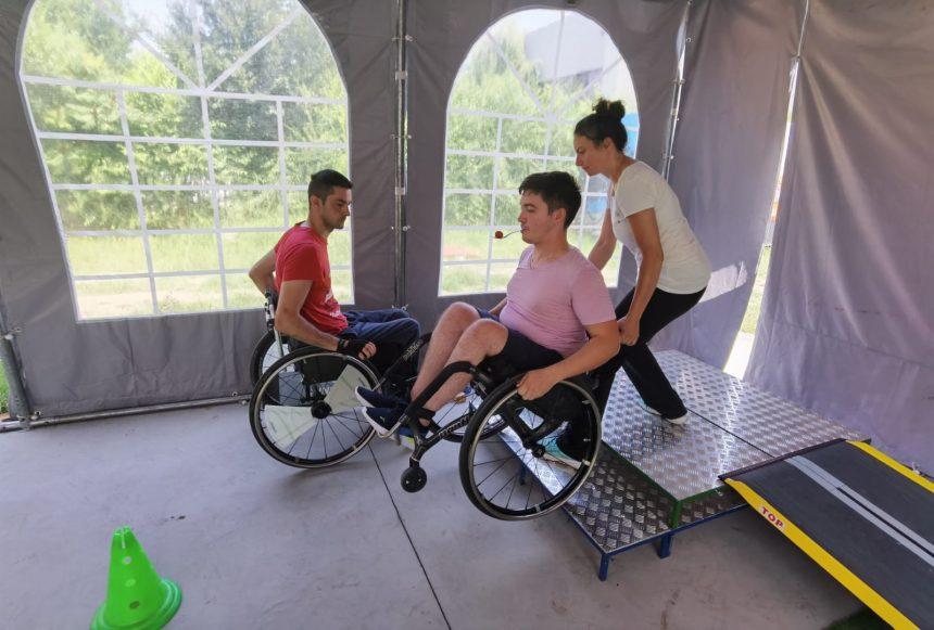 32 de adulți și copii, la programele de recuperare activă Motivation din 2021